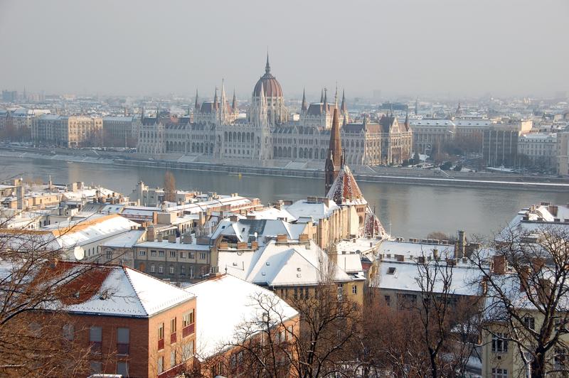 Donau through Budapest